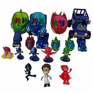 PJ Masks Lot 8 Figures and 10 Vehicles Toys